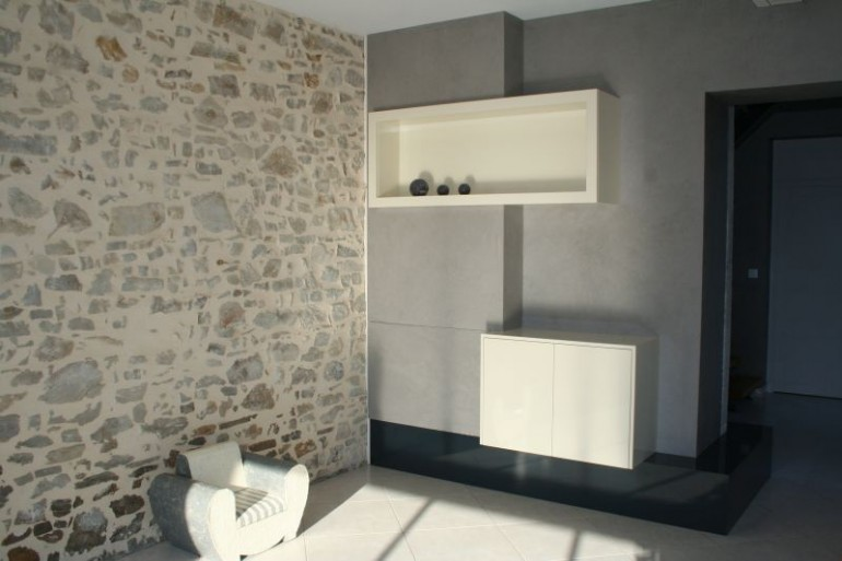Am nagement int rieur habillage de mur menuiserie bordeau for Habillage interieur